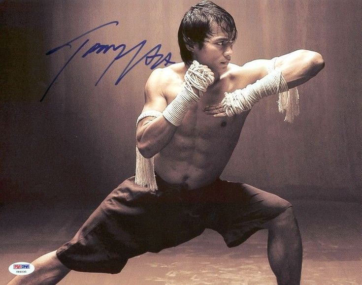 Tony Jaa AKA Tatchakorn Yeerum Signed Authentic 11X14 Photo PSA/DNA #Y84030