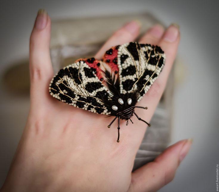 Купить Садовый Тигр - черный, белый, слоновая кость, красный, оранжевый, брошь-бабочка