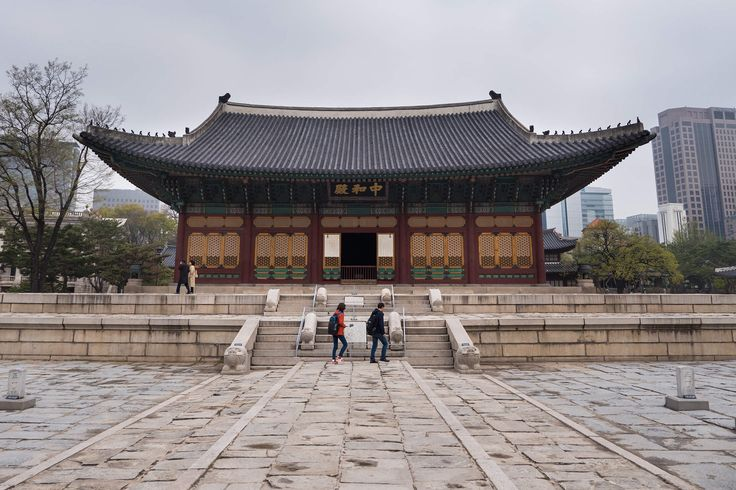 Seoul Travel Guide for Food Lovers