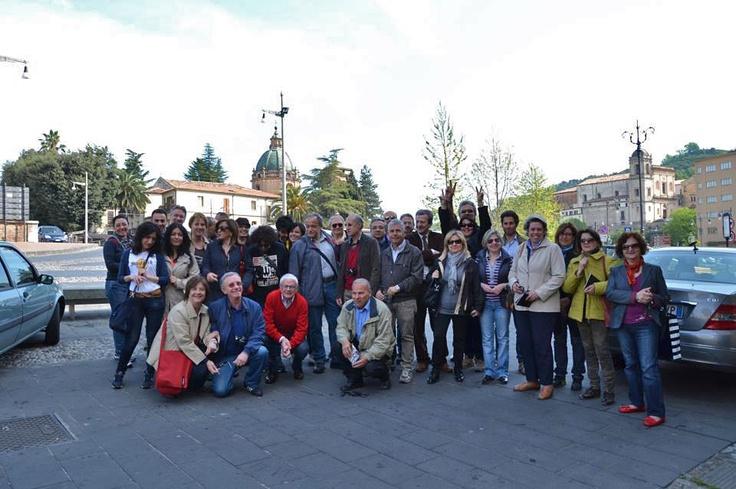 il gruppo si ritrova a piazza Valdesi