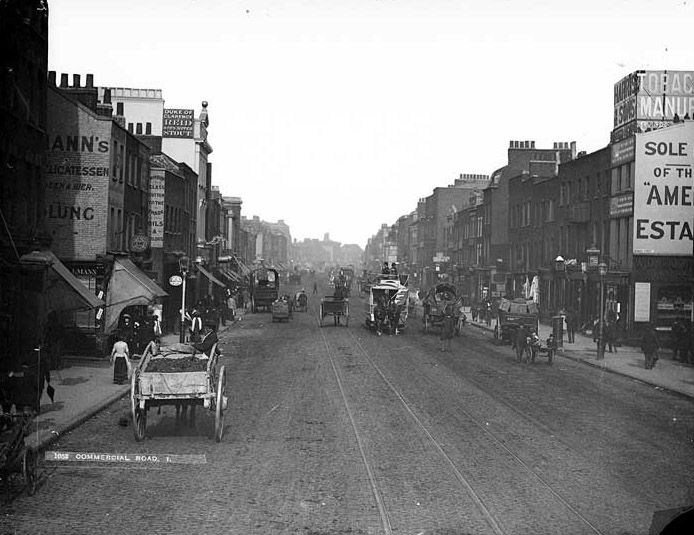 Commercial Road, London, late 1800s.