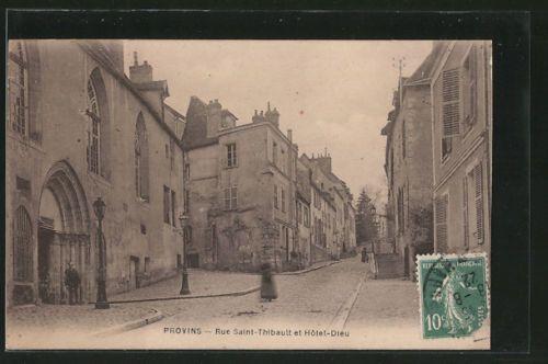 splendide-CPA-Provins-Rue-Saint-Thibault-et-Hotel-Dieu-1922