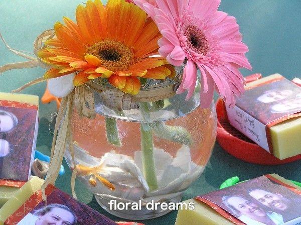 Wedding centerpieces using gold fish guppy love goldfish