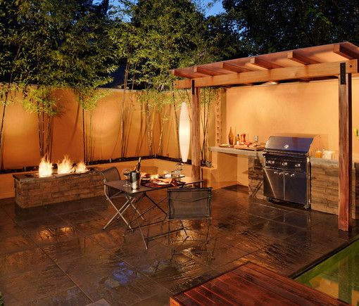 BBQ Station, Like to cook outdoors... Then do it in style with a built in BBQ station and fire pit!