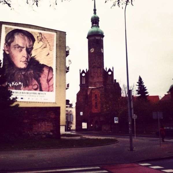 Poland, Slupsk - Streetart - Witkacy. Love it! art artistry painter street streetart cityart culture monuments church kirk Ukochane miasto Słupsk