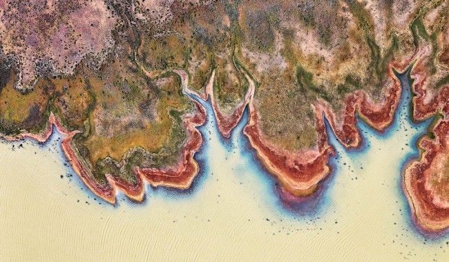 Australian photographer Peter Elfes has been documenting Lake Eyre over the past few years.