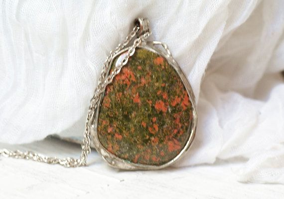 Natural stone GREENHandmade metal necklace with by studioARTEA