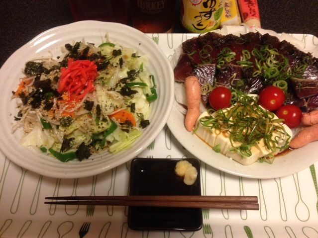 昼間も食べ過ぎたけど、夜も食べ過ぎ!(笑)(^_^;) - 74件のもぐもぐ - モヤポン野菜炒め、鰹のたたき、スライス玉ねぎ、冷奴、焼きタラコ、ミニトマト!꒰ •ॢ  ̫ -ॢ๑꒱✩✨ by scorpion