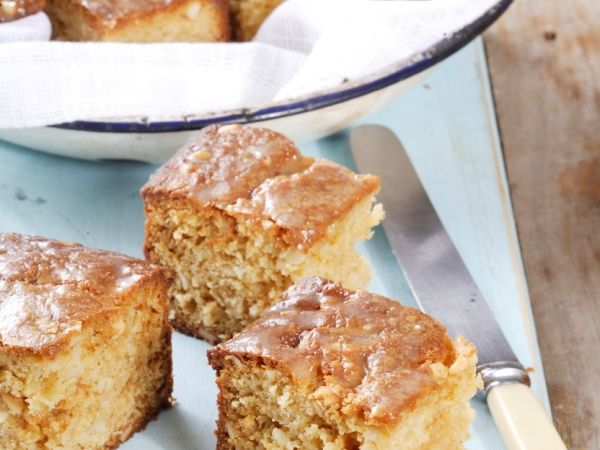 Our favourite blondies • We just can't get enough of these scrumptious blondies!