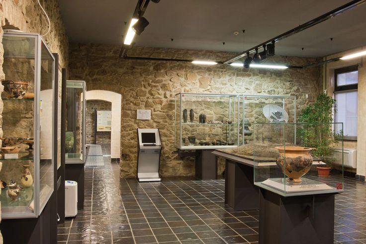 Il museo è articolato in sette sale disposte su due piani accessibili anche al pubblico dei disabili motori e dei non vedenti. #museoisidorofalchi #isidorofalchi #vetulonia #archeologia #grosseto #toscana #tuscany #italy