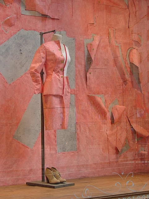 window #display / pattern cutting #pink