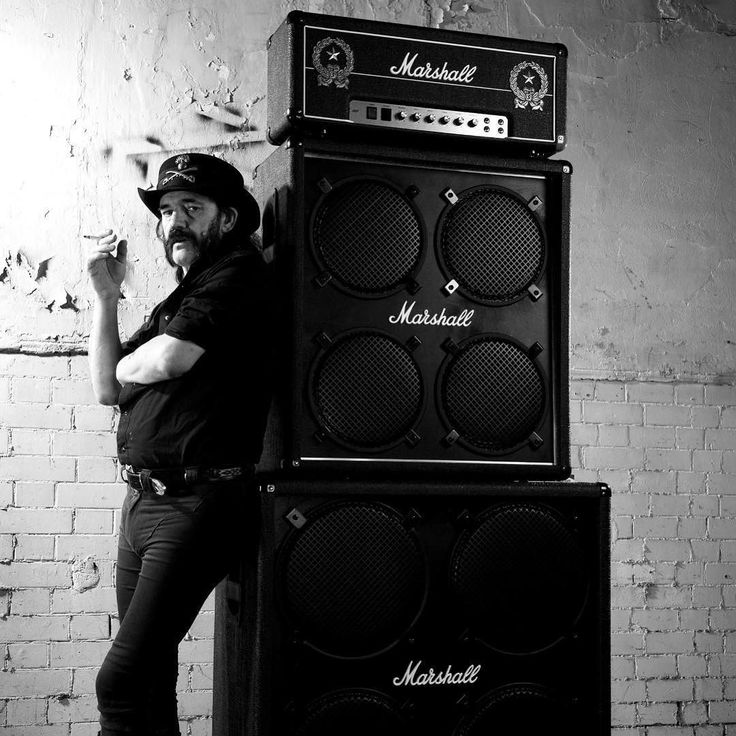 Remembering a legend. Rest in power, Lemmy. http://ift.tt/2zp1Tfb