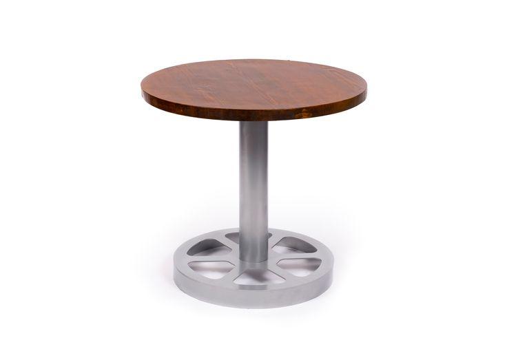 Masa rotunda compusa dintr-un picior metalic si blat realizat din lemn masiv de brad uscat. #metalcreativ #table #wood #steel #industrial #masa #mobilier #mobila #furniture
