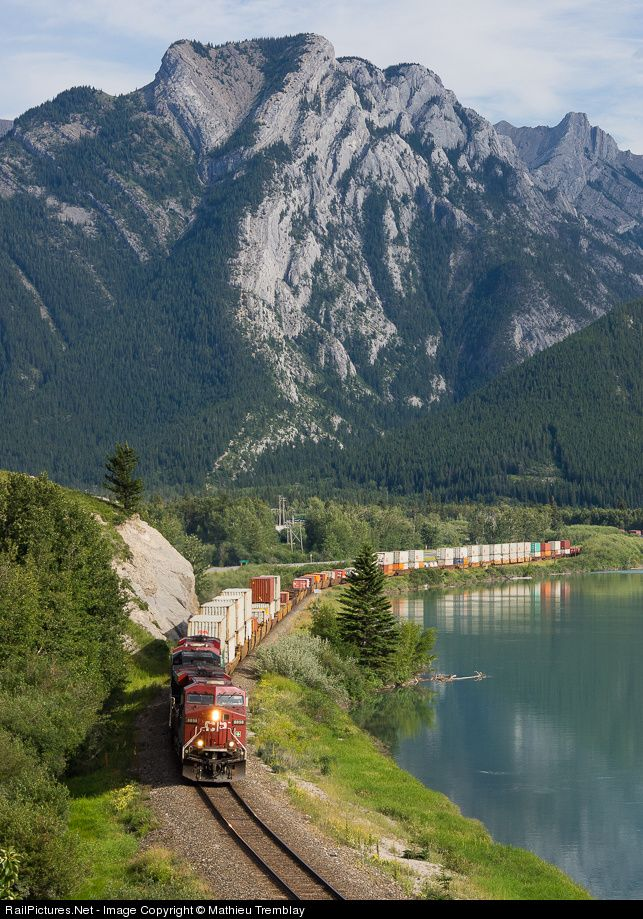 RailPictures.Net Photo: CP 8898 Canadian Pacific Railway GE ES44AC at Exshaw, Alberta, Canada by Mathieu Tremblay