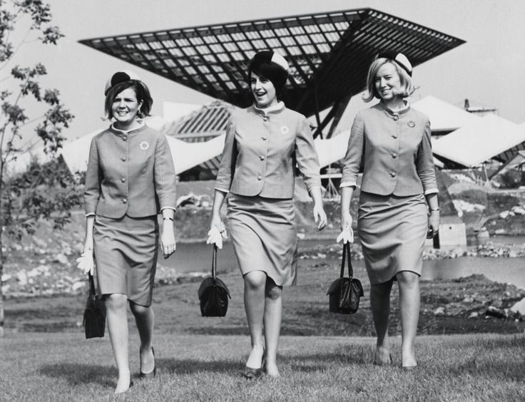Expo 67 fut une vitrine extraordinaire pour les créateurs de mode montréalais. 50 ans plus tard, le Musée McCord expose sa riche collection de vêtements et d'accessoires, ainsi que sa collection d'archives de l'Expo. Venez voir plus d'une soixantaine de costumes, des uniformes d'hôtesses de différents pays et provinces, des vêtements griffés de créateurs tels que Marielle Fleury, Michel Robichaud, Jacques de Montjoye, Serge et Réal ainsi que John Warden. Avec en plus des c...