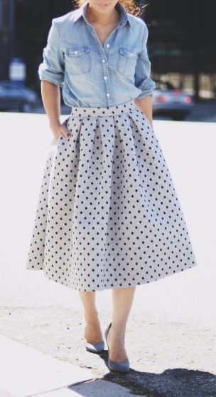 Chambray & dots denim shirt with full skirt and heels