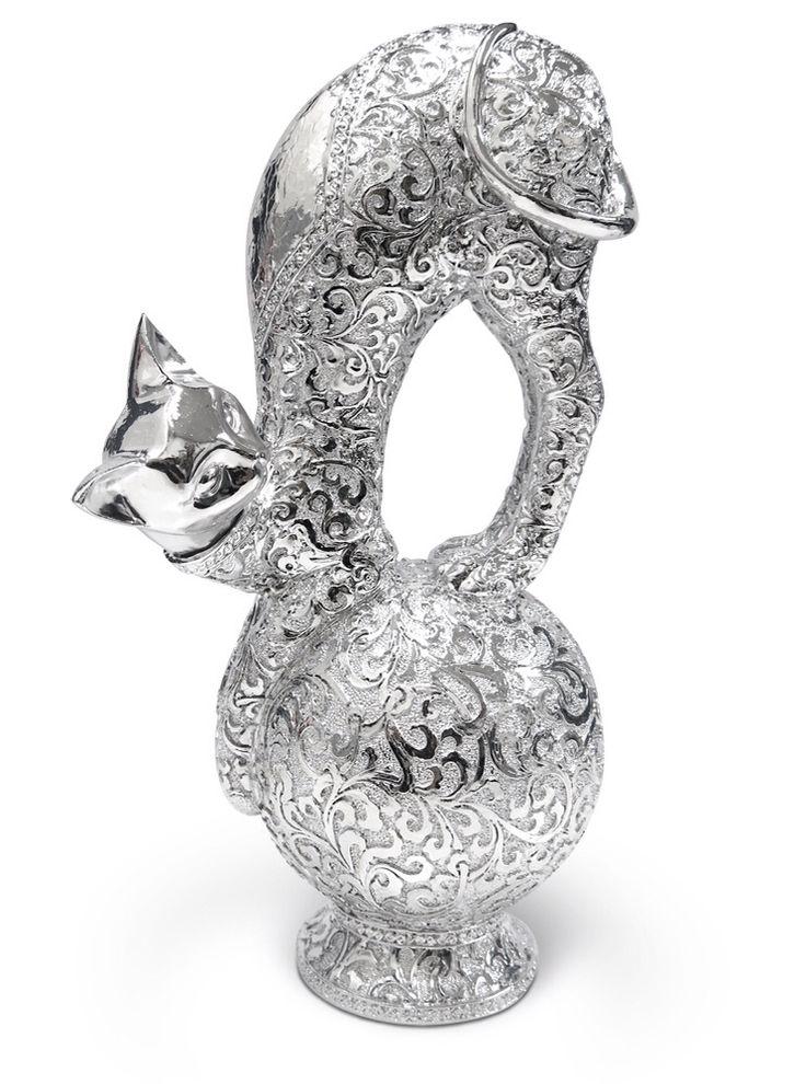 Gato Metalizado