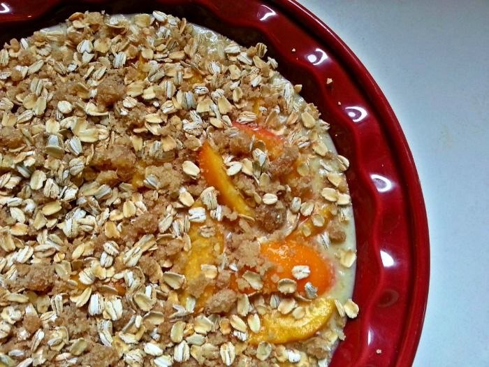 Making this tonight with peaches from our produce box! Yum!  Gluten Free Peach Cobbler | BigBearsWife.com