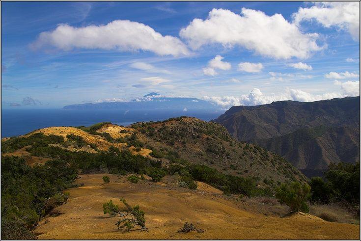 Blick von der Nordküste Gomeras nach Teneriffa. Gut zu sehen der Teide, der höchste Berg Spaniens. Autor: © Frank Steinmann