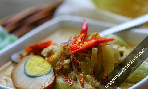 Resep atau Cara Membuat Sayur Labu Siam khas Solo, Jawa Tengah