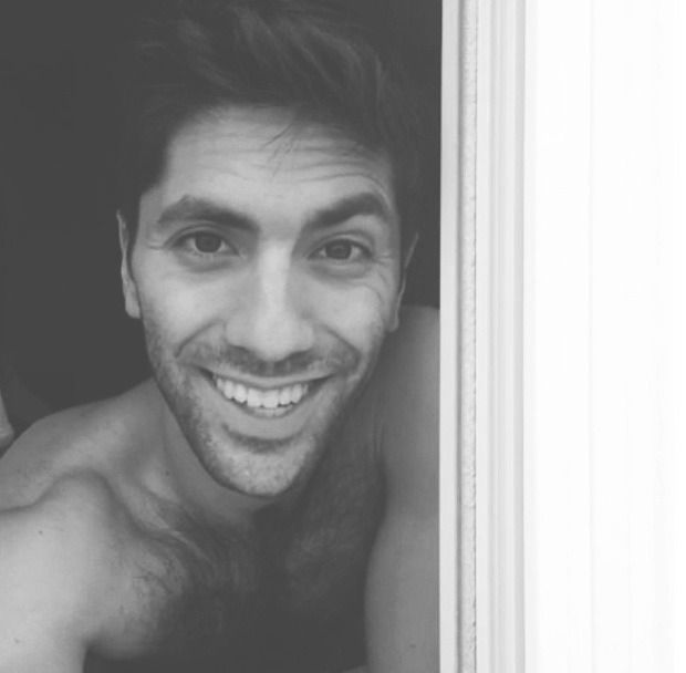 Nev Schulman ❤️ omg that smile makes me weak in the knees