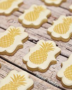 iced gold pineapple cookies images - Yahoo Search Results