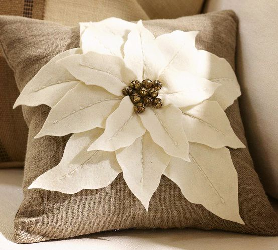 823 Best Christmas Cushions Images On Pinterest