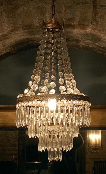 An Edwardian 4 tier chandelier