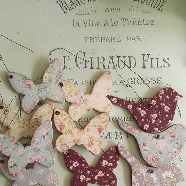 Pillék és gerlicék #birdies #butterflys #handmade #artisan #decoupage #mik