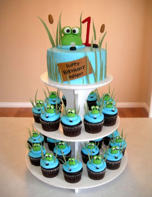 frog cake & cupcakes