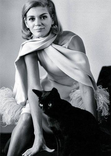 Brazilian fashion model Vera Valdez in Chanel and black cat, photo by Frank Horvat, 1966