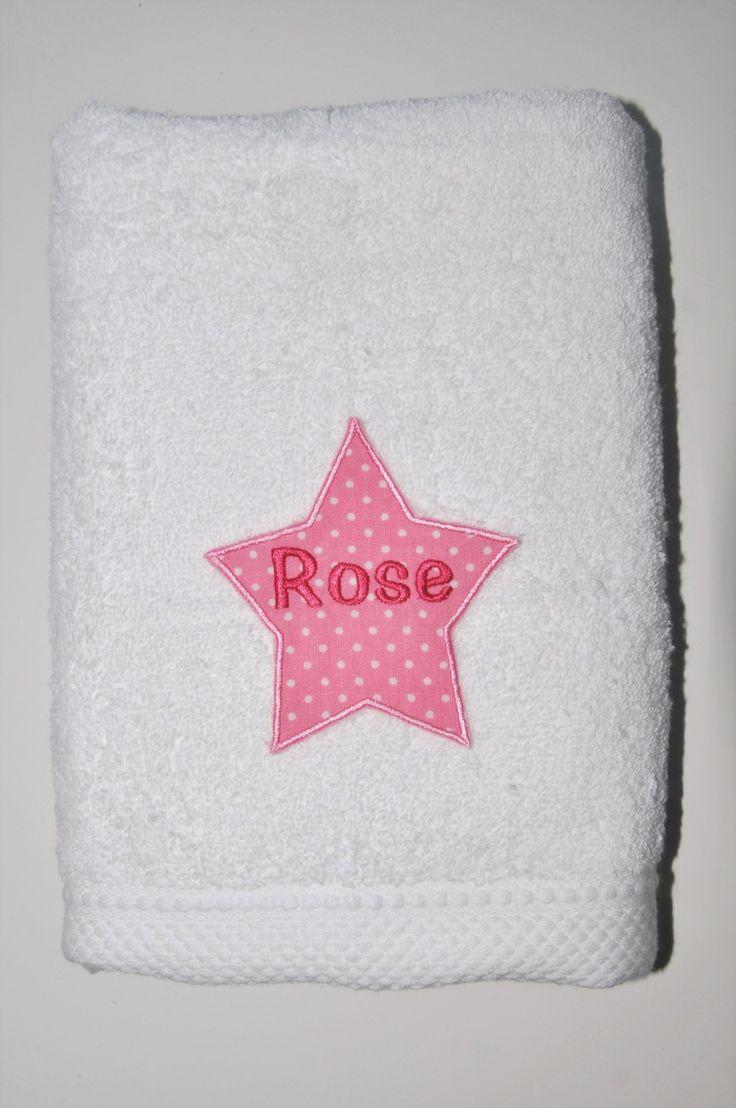 serviette de toilette blanche étoile personnalisée brodée : Textiles et tapis par lbm-creation
