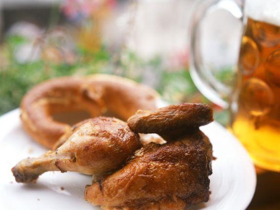Halbes Hühnchen ist ein Rezept mit frischen Zutaten aus der Kategorie Hähnchen. Probieren Sie dieses und weitere Rezepte von EAT SMARTER!