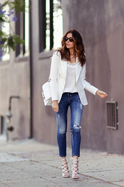 Street style | Denim, white top and blazer and strapped heels