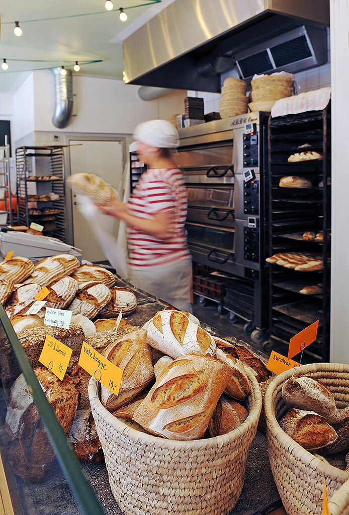 Want my own little cafe' / bakery someday...