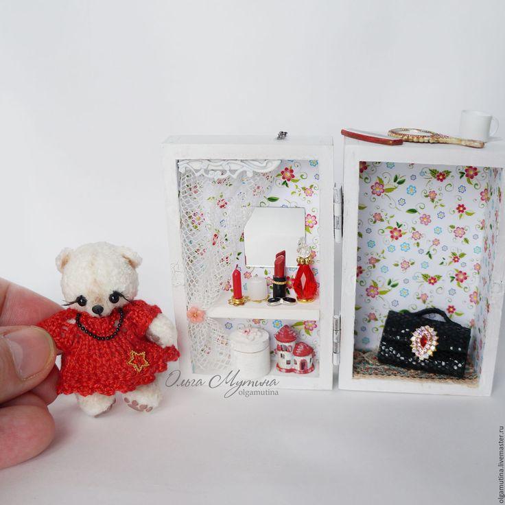 259 best miniaturen poppenhuis kleine poppetjes images on for Poppenhuis poppetjes