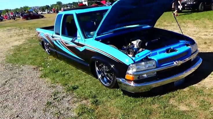 Cool Looking Low 1999 Chevy S10 Truck