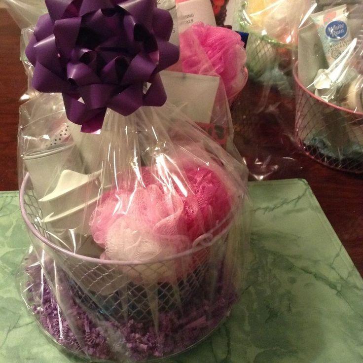 25 beautiful avon gift baskets ideas on pinterest avon mk avon 8 piece avon gift basket set negle Images