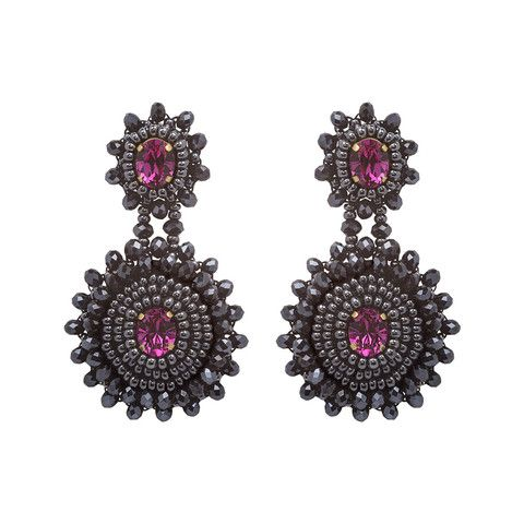 Your ears will love our Frida earrings. They are carefully hand beaded on rich satin, making them extremely light despite their large size. They can also be make as clip-on earrings.