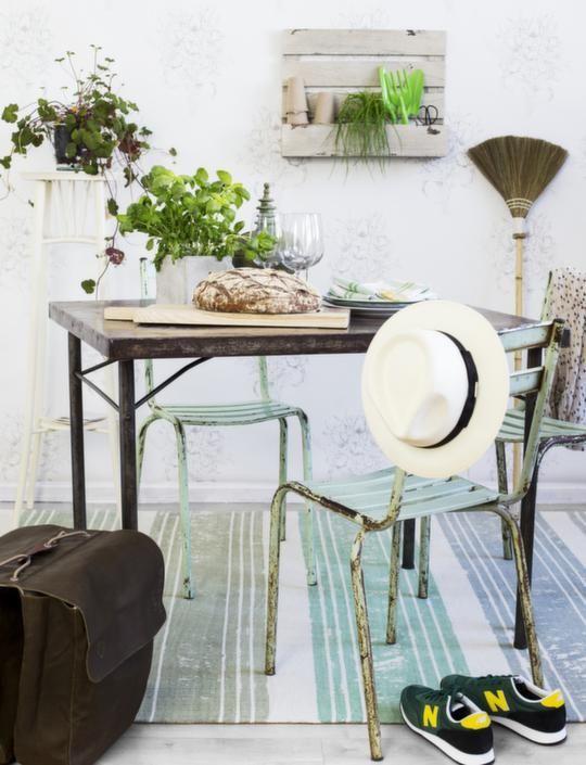 Vårkänsla! Inred med krispig grönska | Leva & bo | Inredning, tips om möbler, trädgård, heminredning, bygg | Expressen  #breadboard #oddbirds #kitchendecor skärbräda #