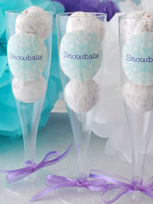 Snowball party favors for Frozen themed parties.