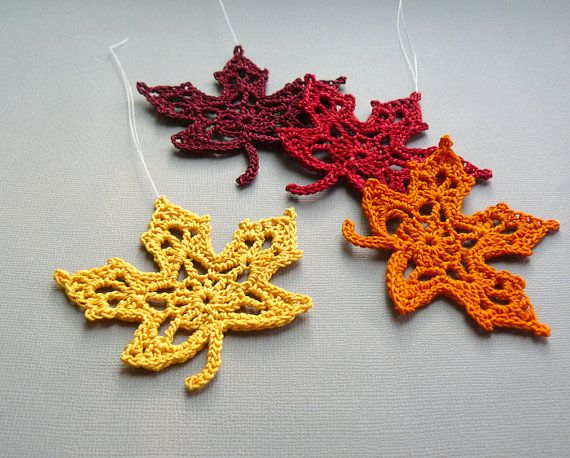 Articoli simili a 4 lavorare ornamenti di foglia di acero - foglie autunnali multicolore - assortimento M2 su Etsy