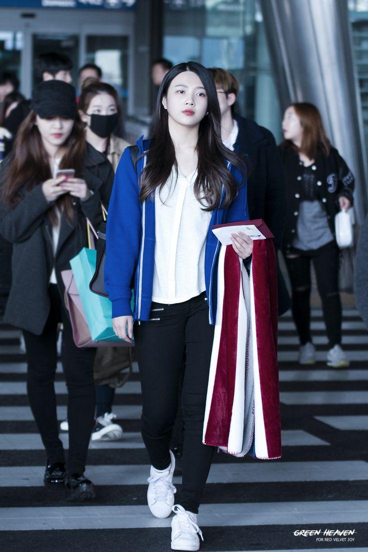 Other red velvet s airport fashion celebrity photos onehallyu - Fyeah Red Velvet Photo