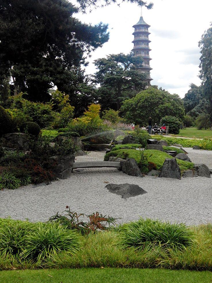 Pagoda in The big Garden