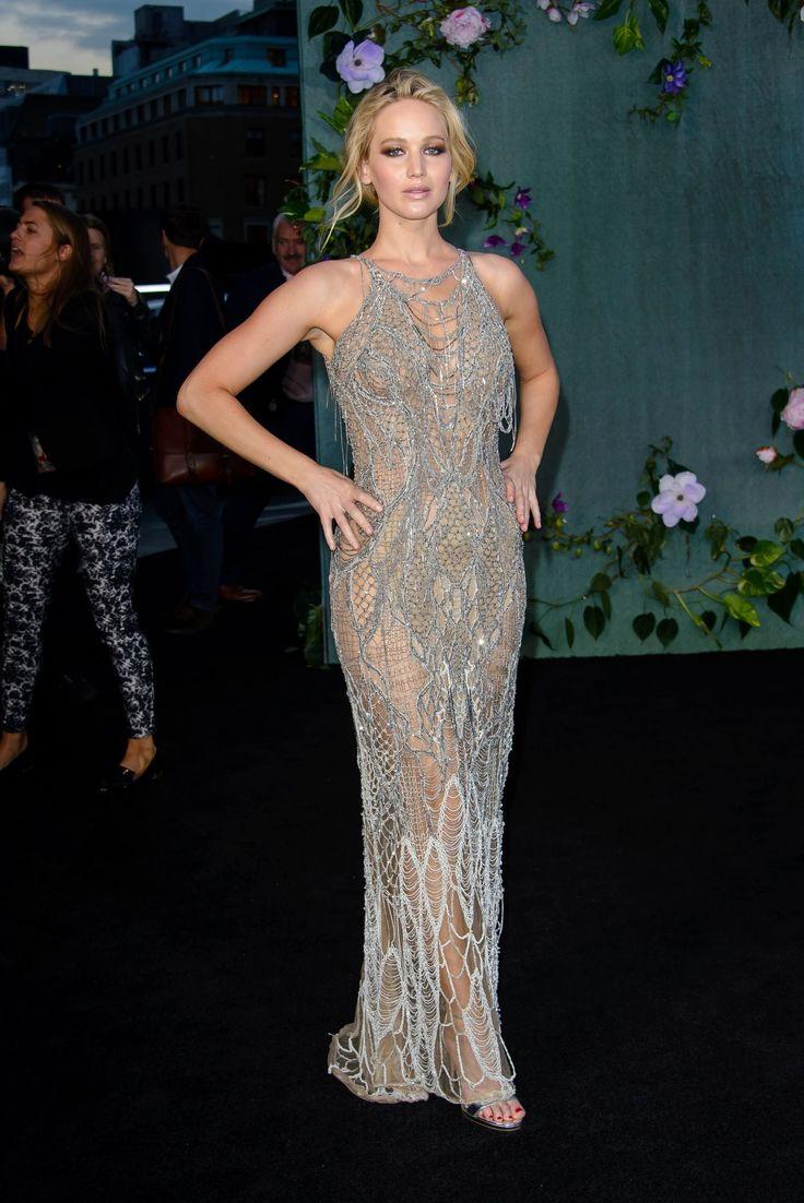 Jennifer Lawrence Wore a Glittery Fishnet Naked Dress - Cosmopolitan.com