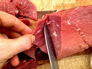 Autoimmune protocol beef jerky recipe! No dehydrater needed. The paleo mom