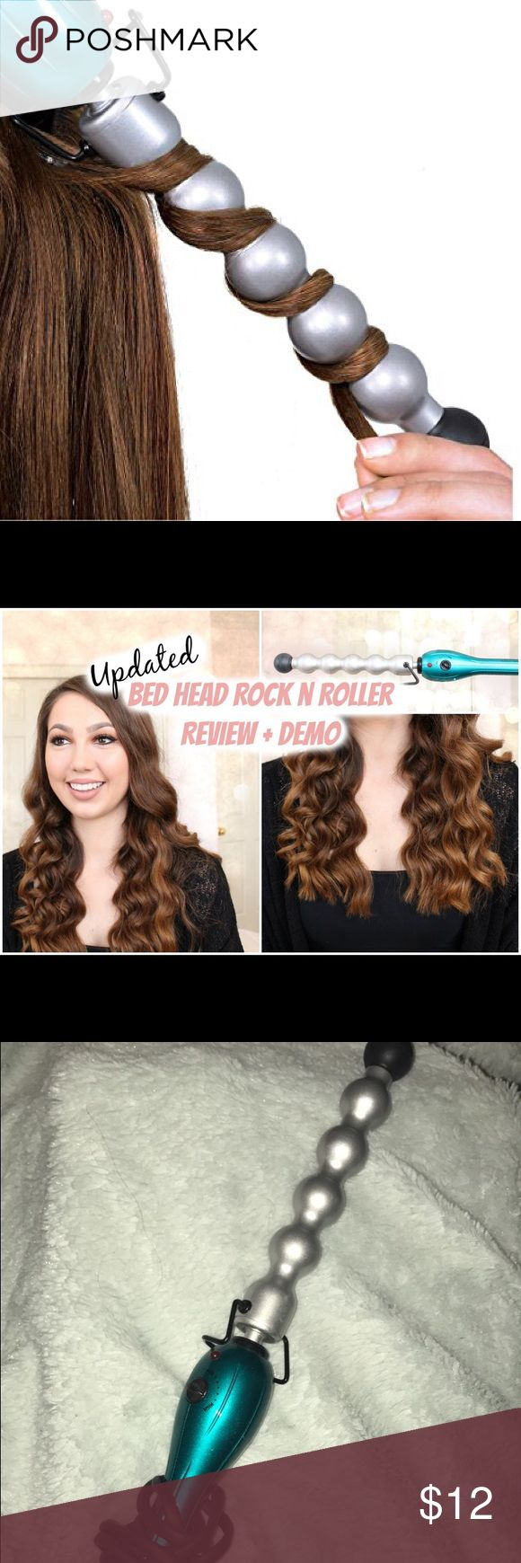 blue bed head rock n roller bubble curling wand bought for almost $30 when it came out, only used once. has a super long cord and reaches far!! bed head Makeup Brushes & Tools