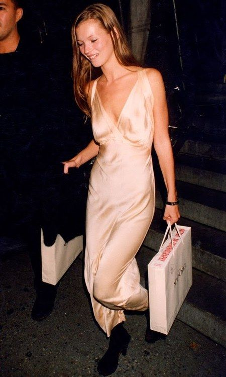 Sistercouture: Kate Moss Early 90's Style