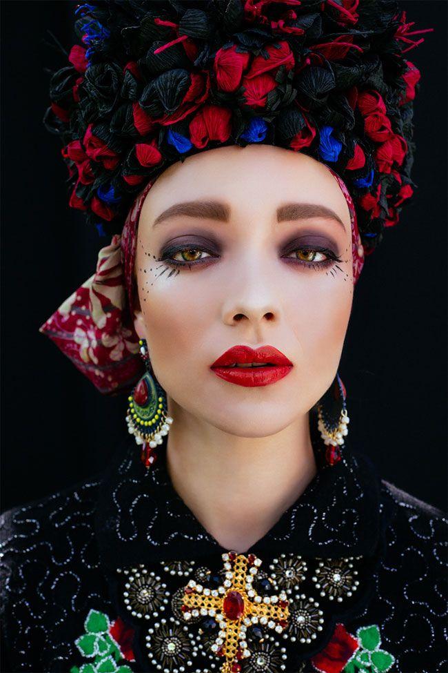 Polish Artists Recreate Traditional Slavic Head Wreaths With A Modern Twist
