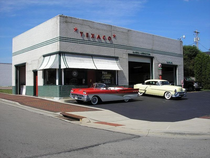 vintage Texaco gas station..looks like the one that was on 7800 South State Street in Midvale Utah